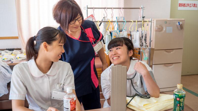 豊和グループで地元の高校生たちが1日看護体験!